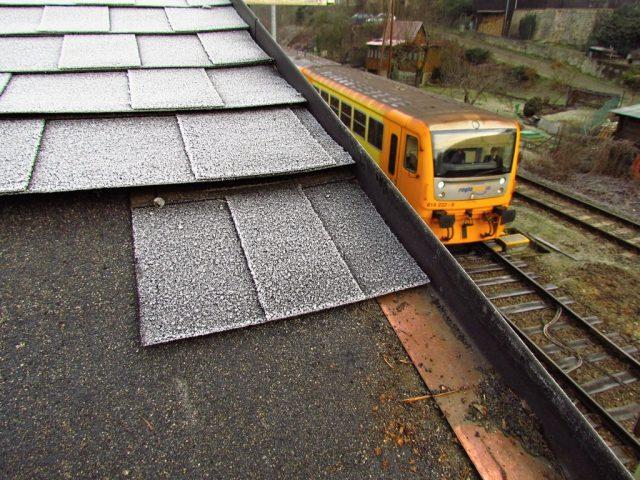 Běžná praxe tuzemských střech. Tak takto ne!