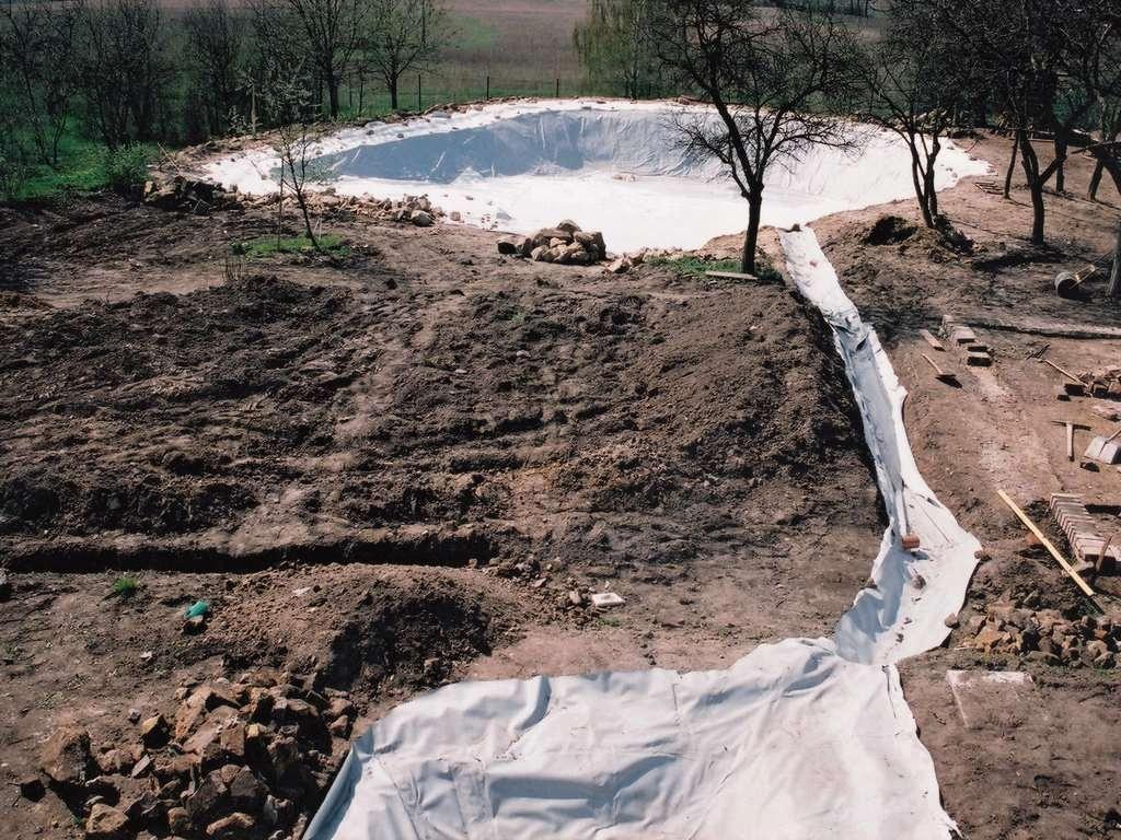 Hydroizolace zahradního jezírka